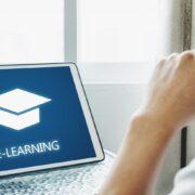 反転授業とオンライン授業で教師に求められること